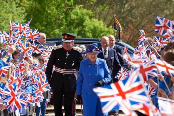 The Queen arriving photo by Nigel Luckhurst